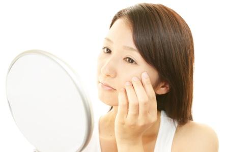 【増えてしまった肌のシミ】消す方法はあるの?