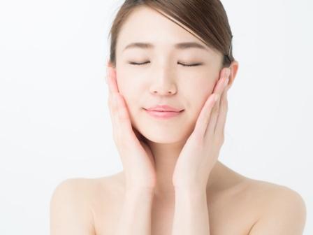 水分を浸透させる正しい肌保湿の仕方