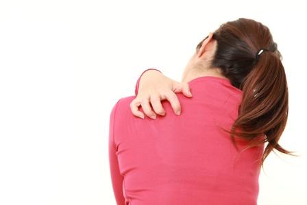 敏感肌にはかゆみがセット?敏感肌でかゆいときの対処方法